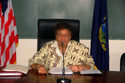 President Sirleaf addresses Cabinet Ministers at the retreat.