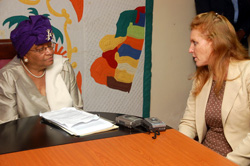 The Duchess of York, Margaret Ferguson and President Ellen Sirleaf holding talks.
