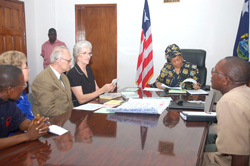 President Sirleaf and members of the Multi-lingua Education Program at the Foreign Ministry in Monrovia.