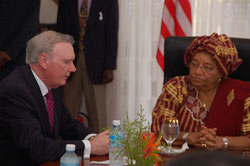 Irish Envoy Discuss with President Sirleaf