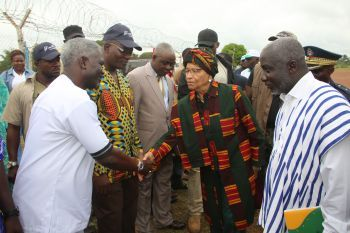 Pres. Sirleaf greets Rep Zoe Pennoh of Grand Gedeh.
