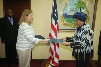 President Sirleaf receives Letters of Credence from in-coming EU Ambassador Helene  Cave at her Foreign Ministry Office.