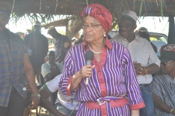 President Sirleaf speaking in  Youpea, Nimba County during a Town Hall Meeting with Citizens.