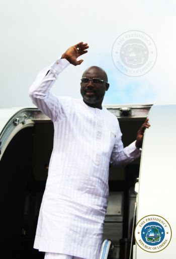 President Weah Arrives In Niger For ECOWAS Summit on Guinea Bissau