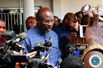 President Weah in a news interview with reporters following the Agriculture Mechanization working session.jpeg