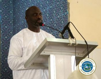 President Weah speaking at the Mosque during the Thanksgiving Service