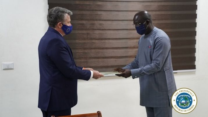 EU Ambassador presents letter of credence to President Weah