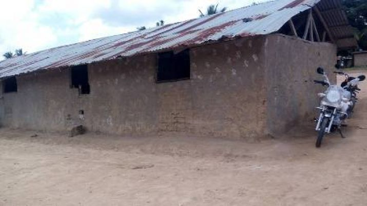 Old Donfah Community School  constructed in Yelequelleh District.