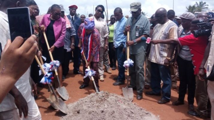 President Sirleaf breaks ground for Phase II of Fish Town to Harper Road Project.