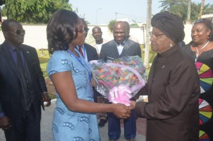 President Sirleaf  welcomed at  Liberia's Embassy in Abidjan.JPG