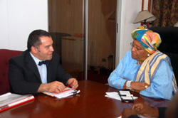 Mr. Domenico Rosa and President Sirleaf at the Foreign Ministry in Monrovia.